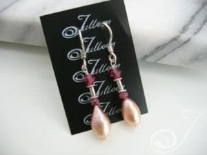 Deidre Pearl Cluster Earrings E037-26