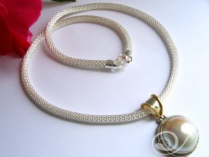 Triana Necklace PMC001