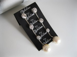 Bridal Earring Pearl Dangle