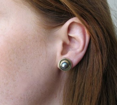 Peacock Green Pearl Earring