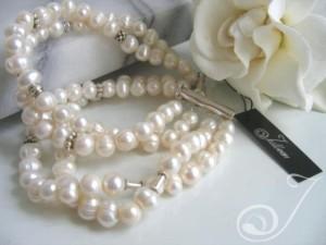 Gardenia-White-Pearl-Cuff-Bracelet-BR006