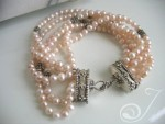 Kelly-Bracelet-Pink-Pearl-Bracelet-VO050_B