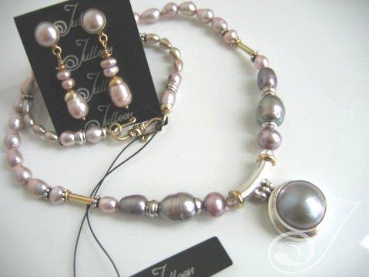 Mauve Pearl Rings