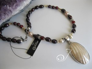 Grimm Red Pearl Necklace