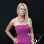 https://www.julleen.com/product/josie-fuchsia-stones-set/