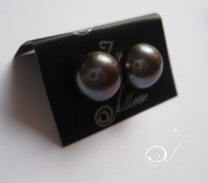 Black-Pearl-Stud
