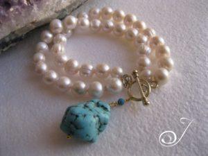 Blue-Turquoise-Charm-Pearl-Bracelet-BRB003