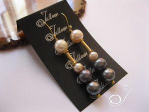 Black-pink-pearl-earring-julleen-e017.211.jpg